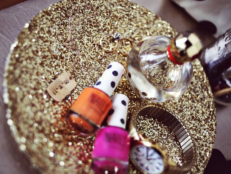 Gold Glitter Jewelry Tray DIY