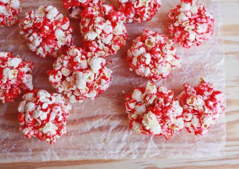 How to make pop corn balls