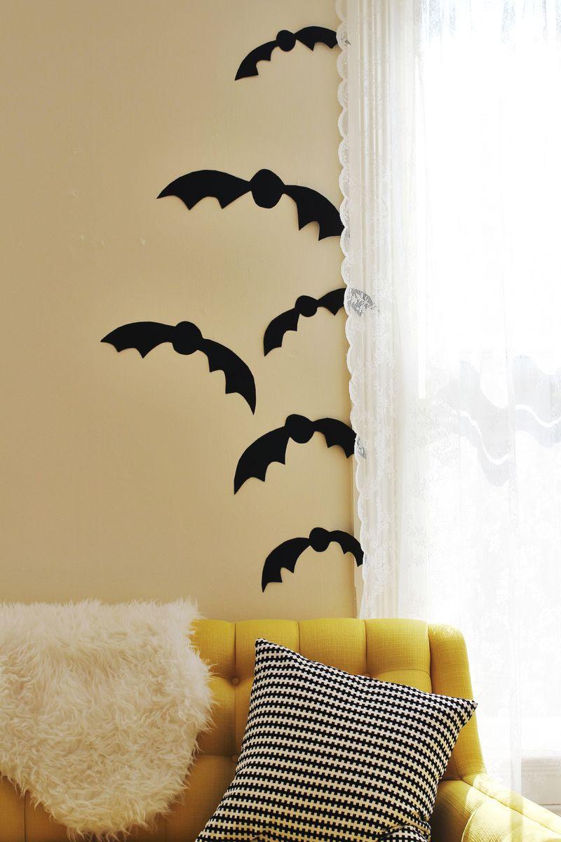 Black Posterboard Bats