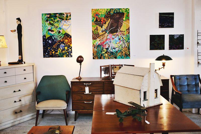 Adorable vintage furnishing shop