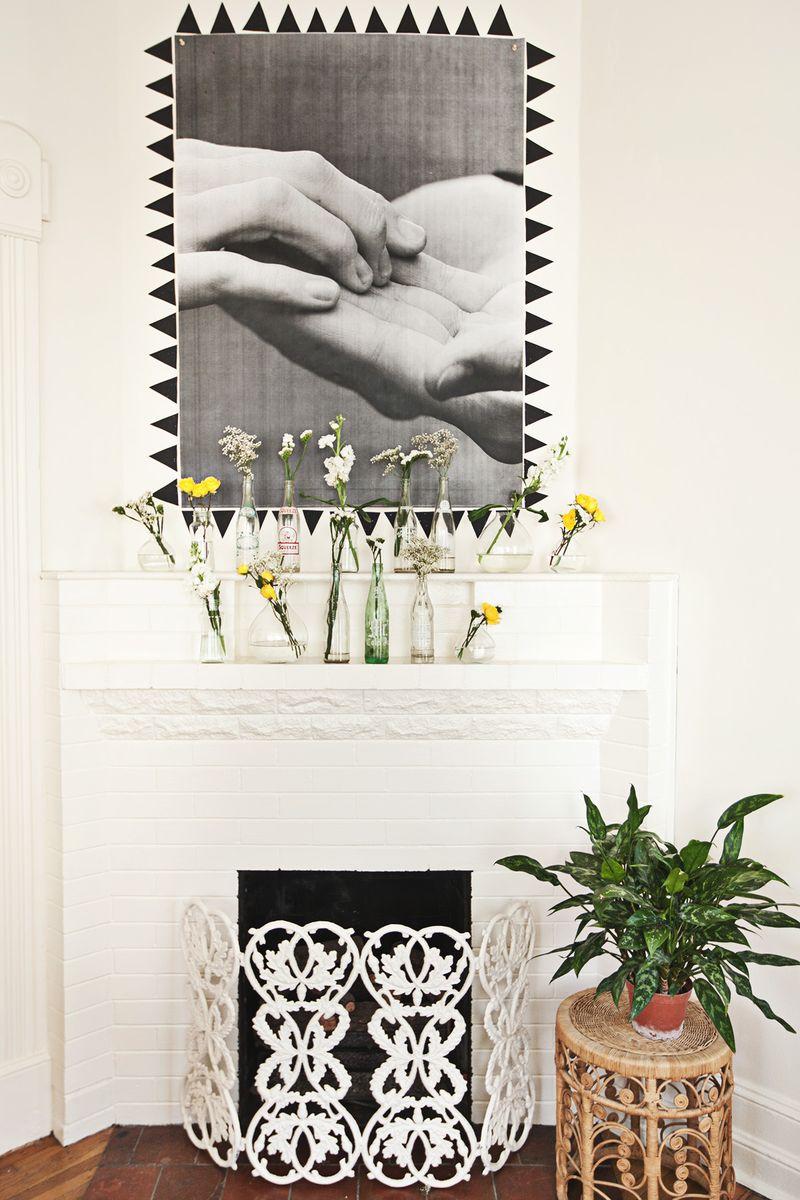 A Beautiful Mess living room tour www.abeautifulmess.com (blueprint copy!)