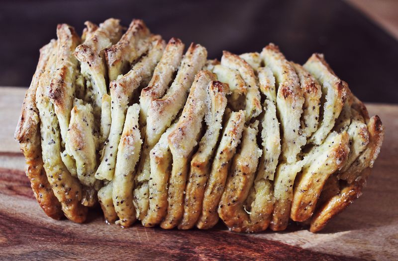 How to make pull apart bread