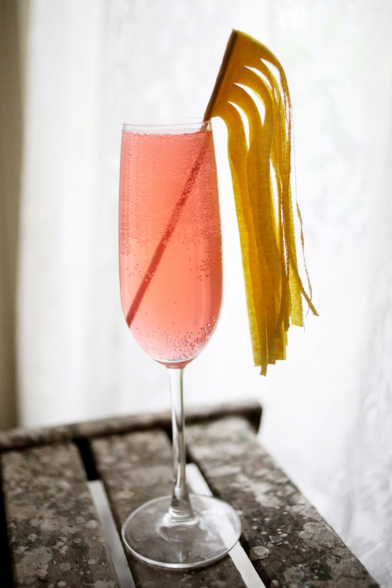 10 ways to make a cocktail stick 4 www.abeautifulmess.com