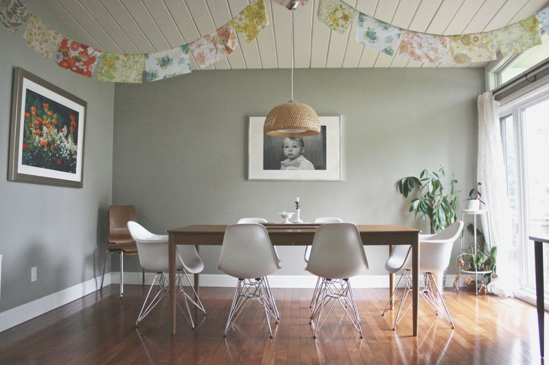 Lovely bright dining room