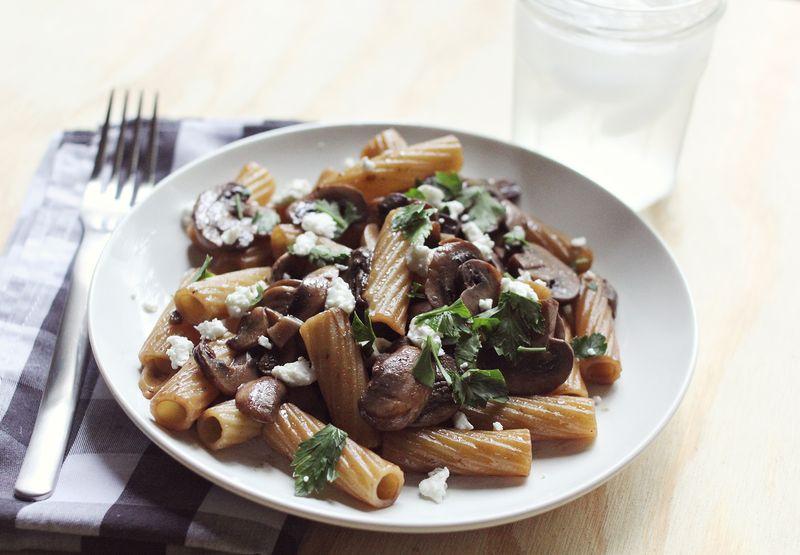 Red wine mushroom pasta