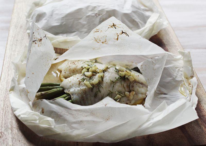 Parchment paper baked fish www.abeautifulmess.com