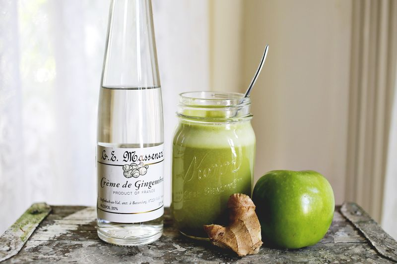 Apple Ginger Cocktail via abeautifulmess.com