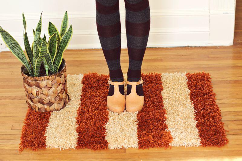 Latch hook rug
