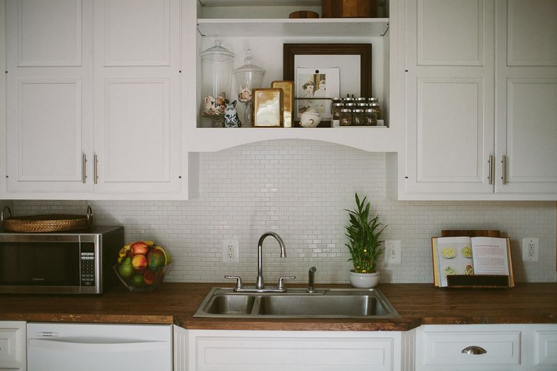 Love the tile and countertops in this kitchen!