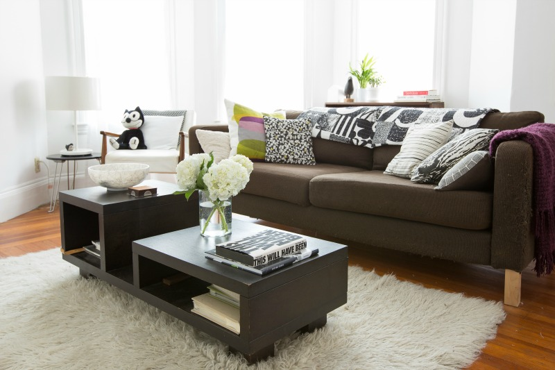 Love that rug in this setting