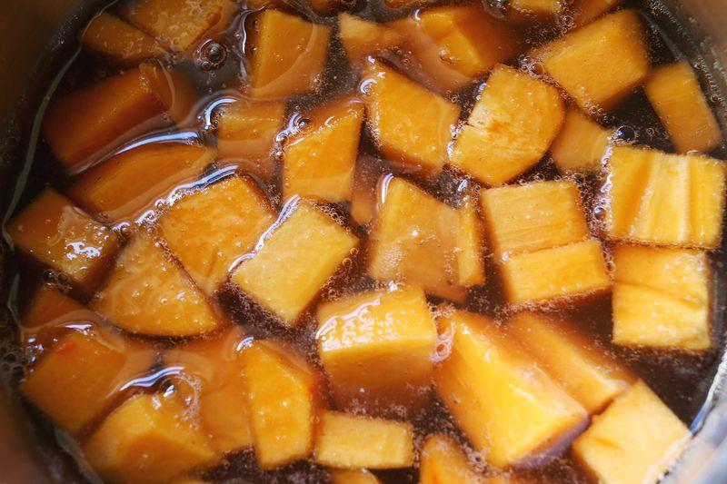 Winter Fruit Whiskey Smash