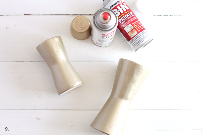 Make your own modern metalic candle stands with disposable cups! Click through for simple instructions + photos.