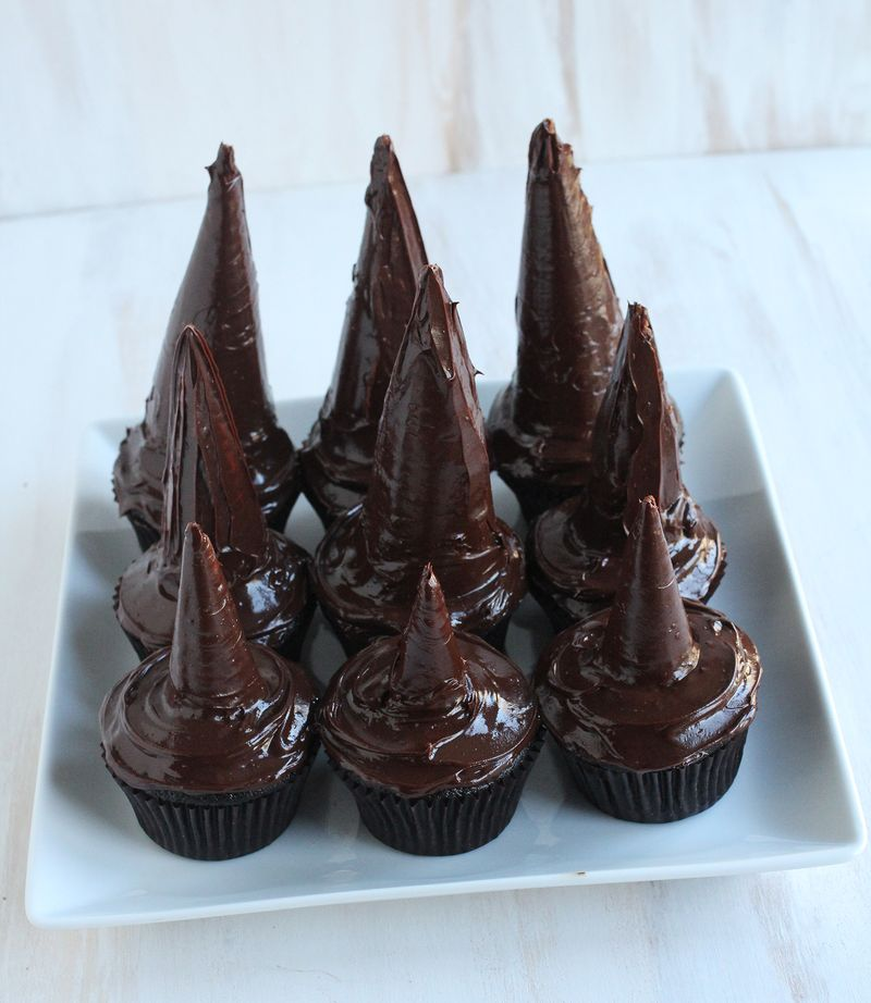 Witches hats cupcakes