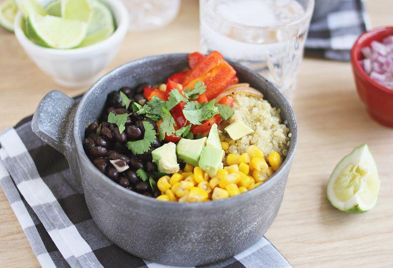Quinoa Burrito-Schüsseln