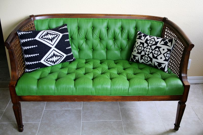 How to paint upholstery with latex paint and fabric medium