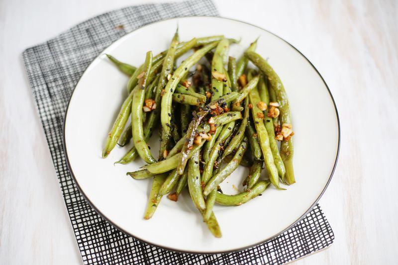 Knoblauch und Miso Green Beans