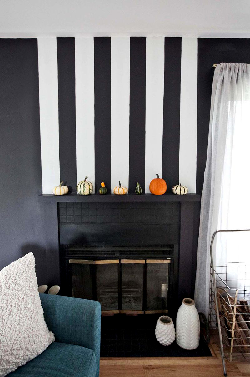 Stripe fireplace