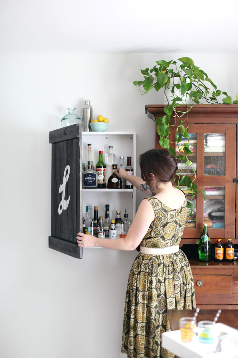 No Room For A Bar Cart In Your Home? Build This Wall Mounted Liquor ...