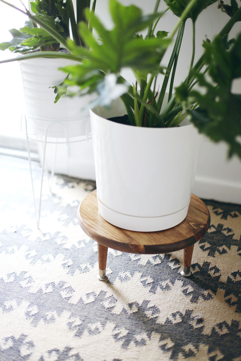 Diy Midcentury Style Plant Stand A Beautiful Mess