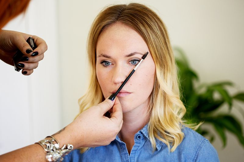 How to find your eyebrow shape