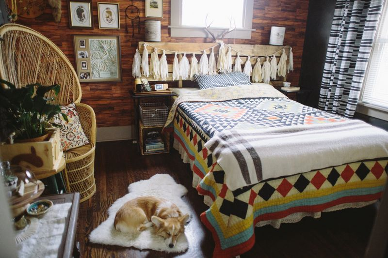 In love with this rustic bedroom