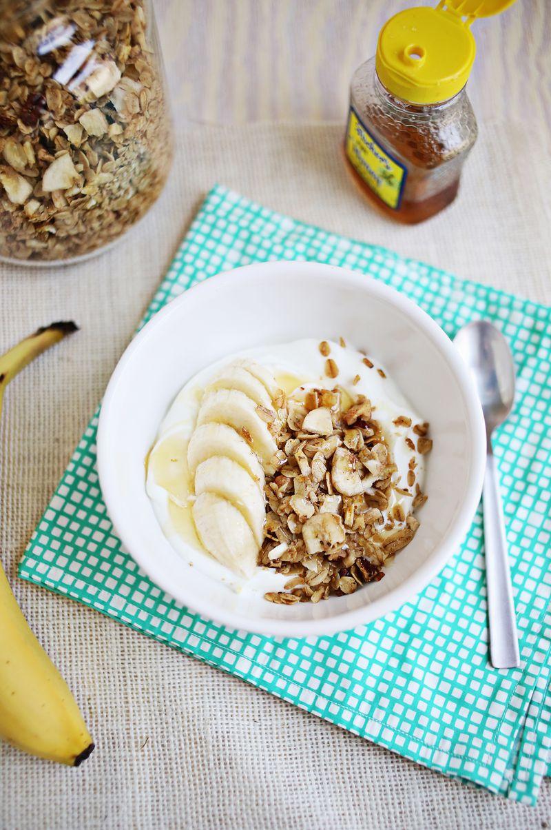 Banana bread granola (click through for recipe)