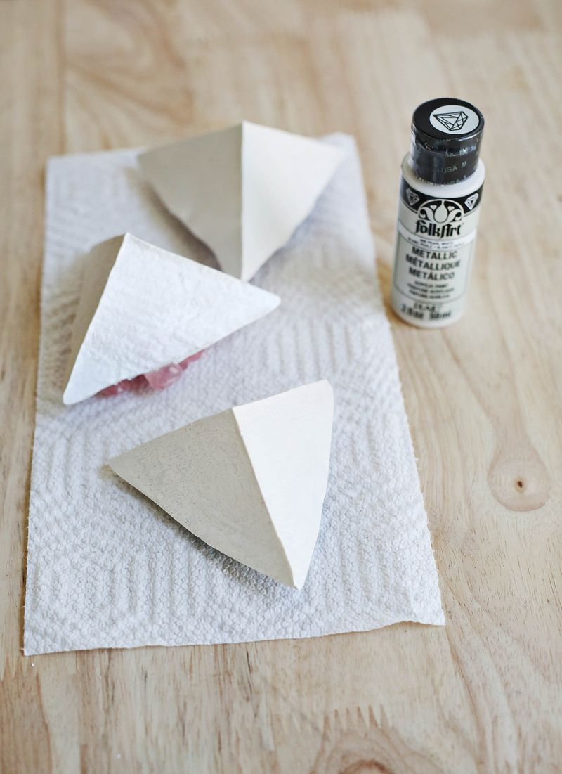 Paint the dry plaster