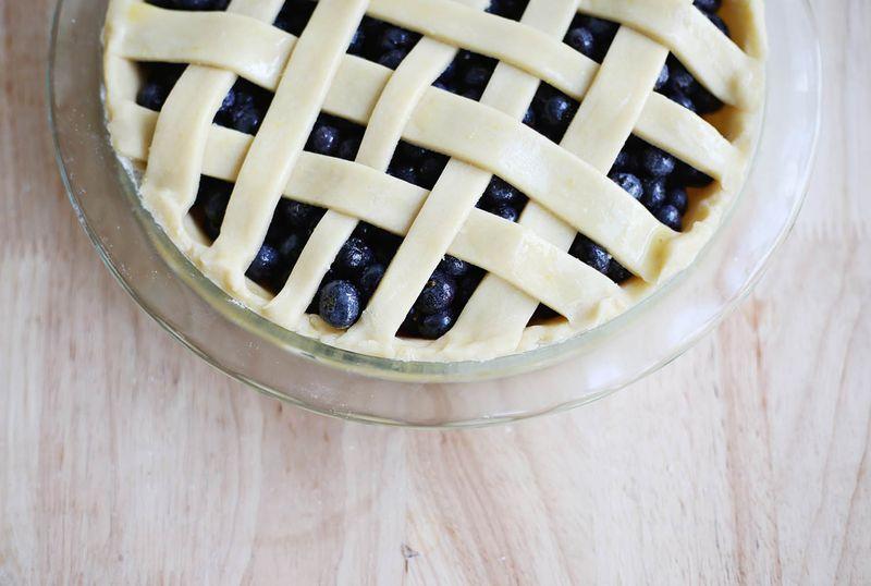Lattice blueberry pie