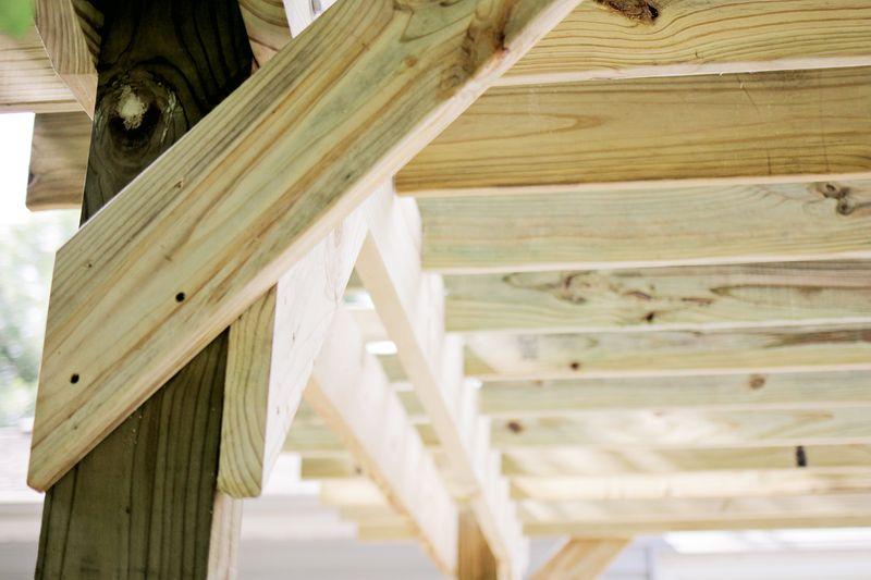 Build a pergola - bracing (click through for more info)
