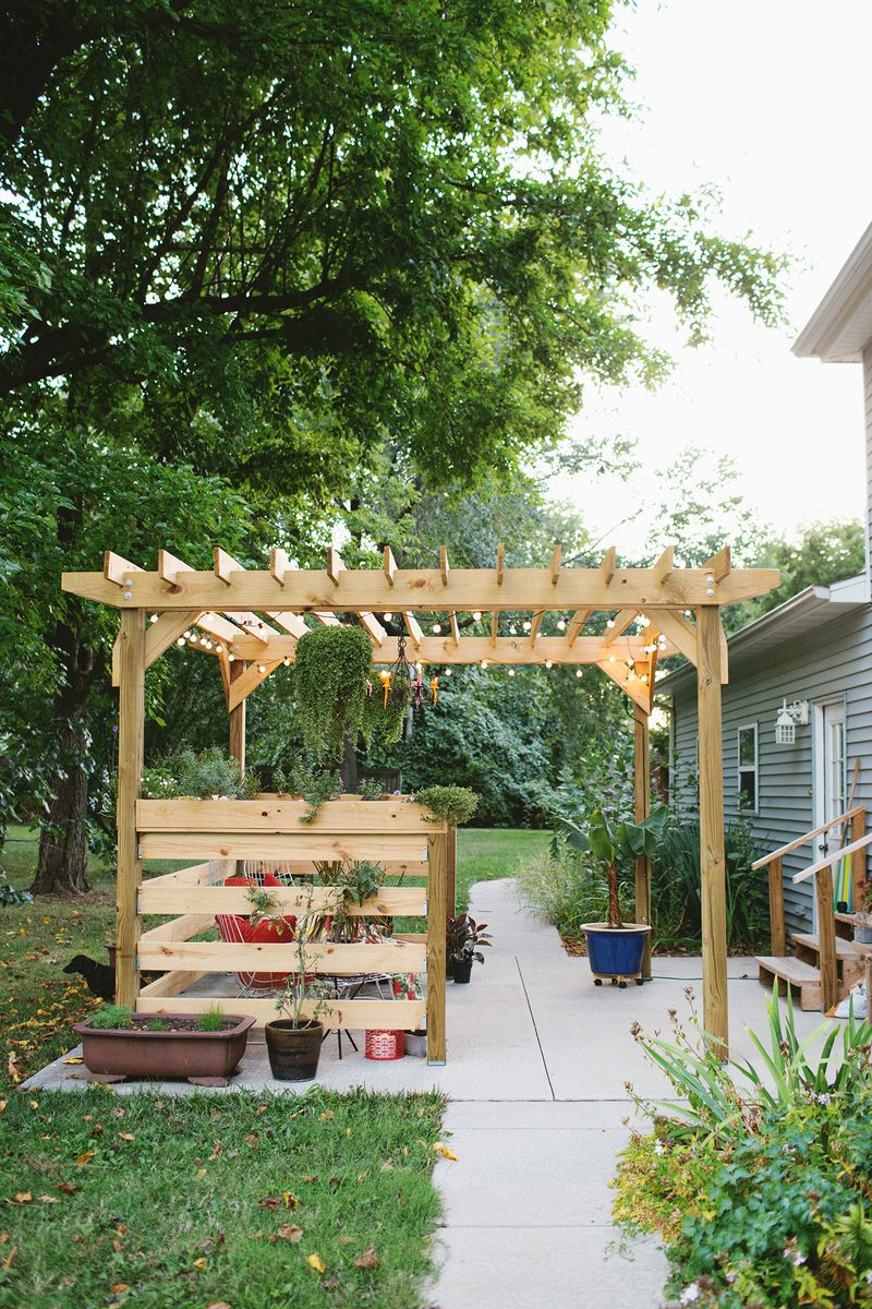 Build a pergola - before (click through for more info) - All Posts - A Beautiful Mess