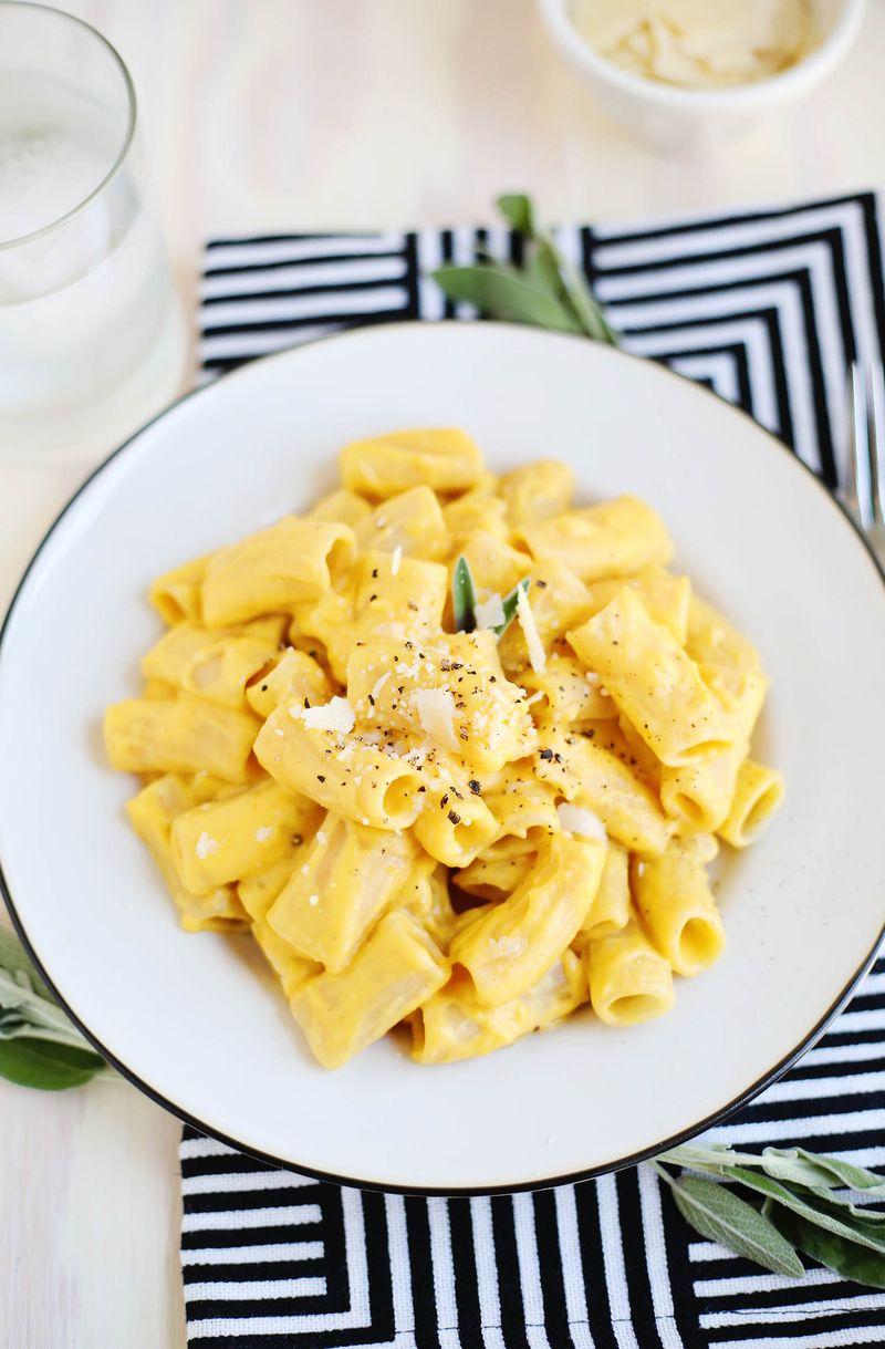 Best creamy pasta sauce (click through for recipe)