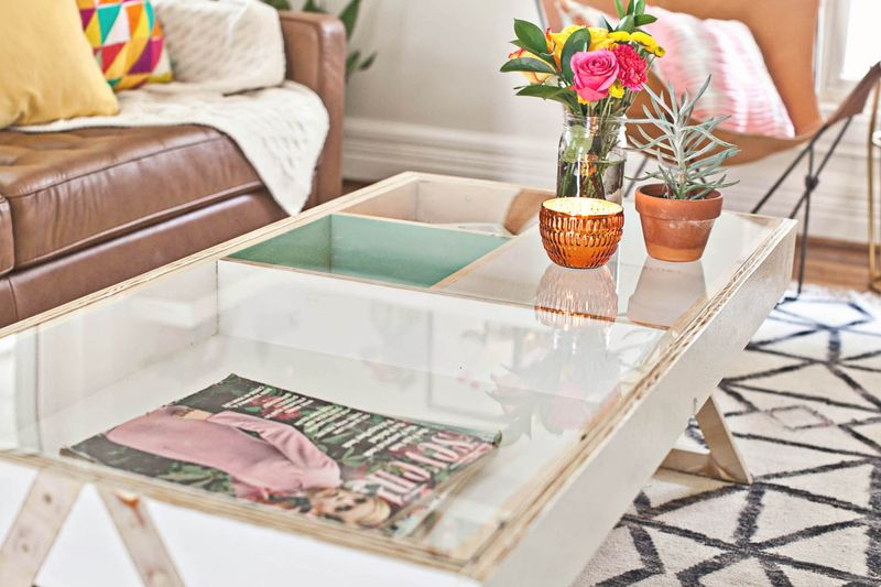Coffee table with acrylic top - assembly (click to learn more)