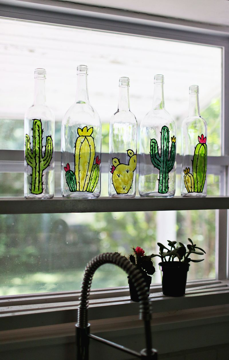 How to make faux stained glass (via abeautifulmess.com)