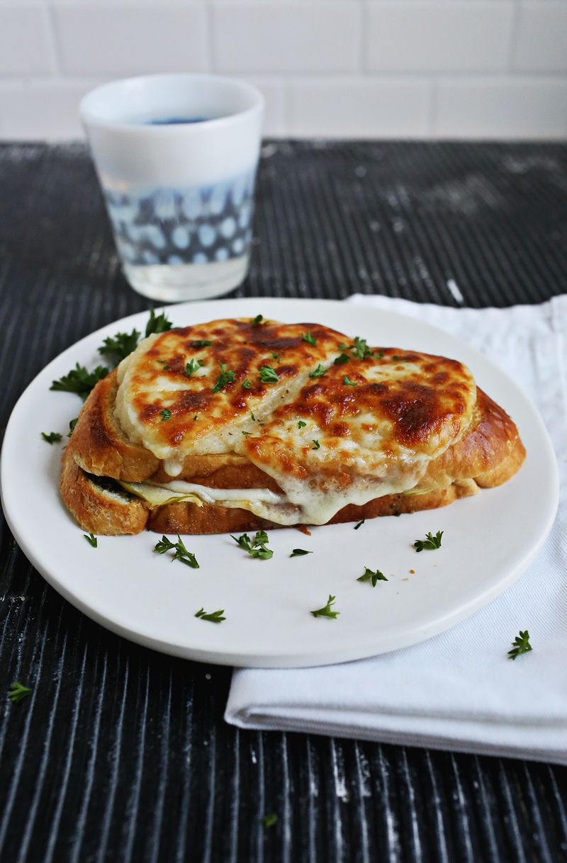 Baked Apple and Cheese Sandwiches