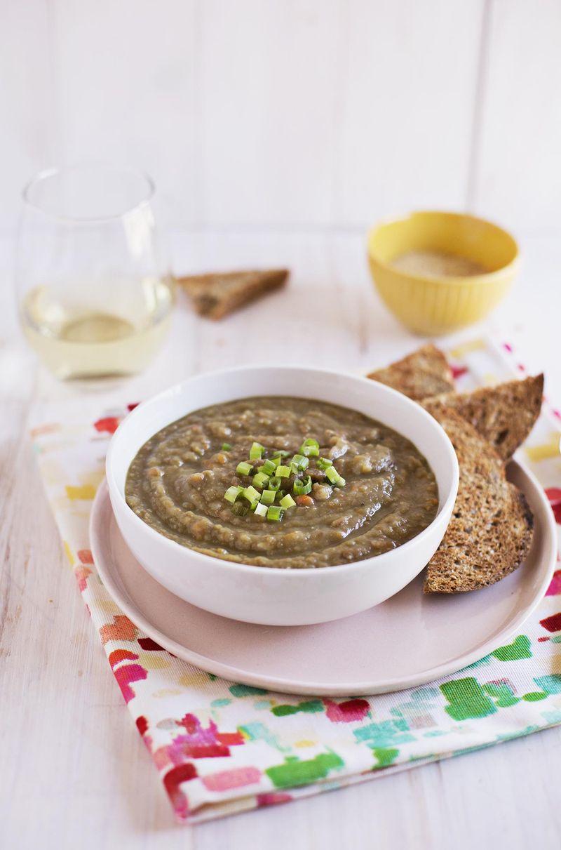 Easy split pea and lentil soup (via abeautifulmess.com)
