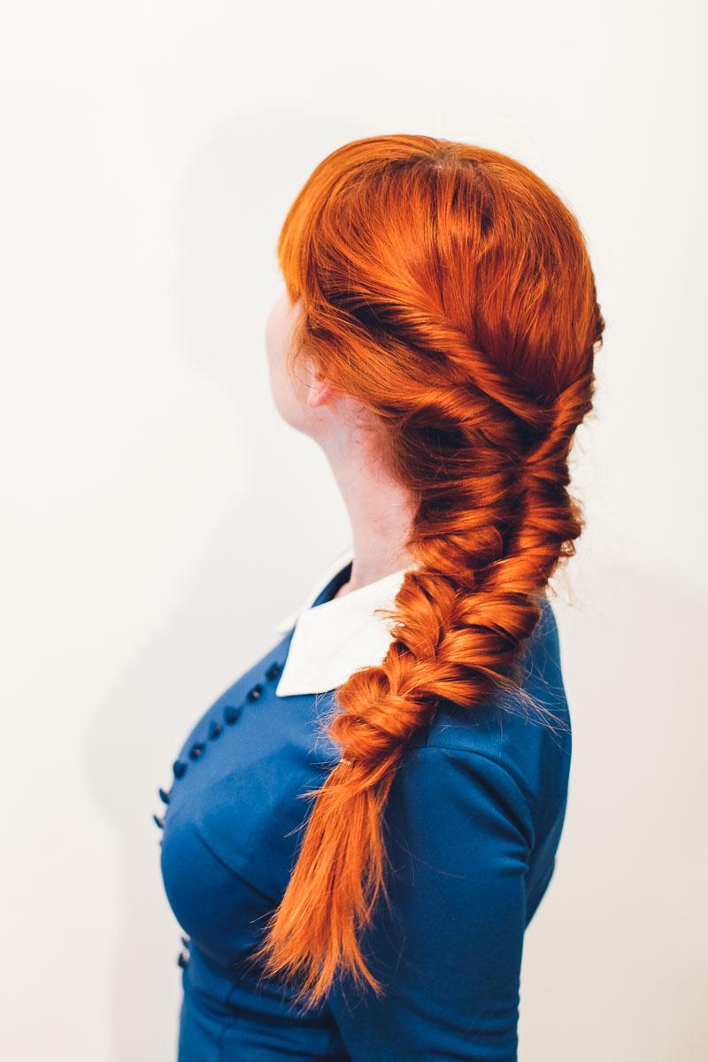 Easy faux fishtail braid (click-through for full tutorial)