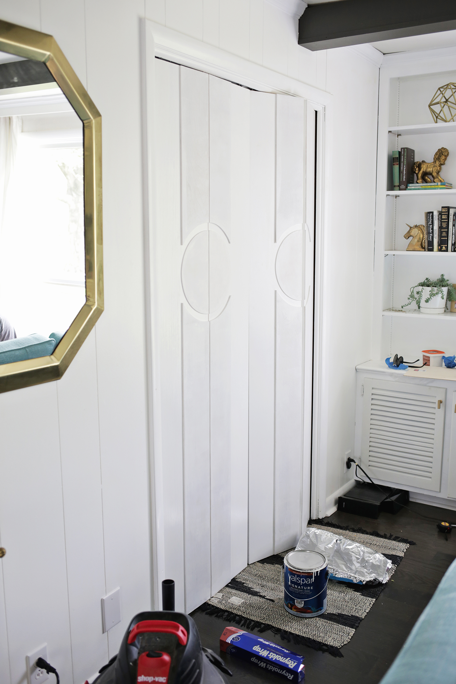 Add Geometric Panels To Your Plain Closet Doors Click Through For Tutorial