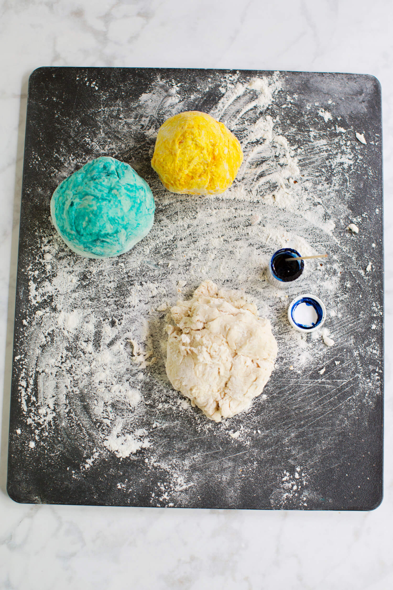How to knead rainbow marbled bread