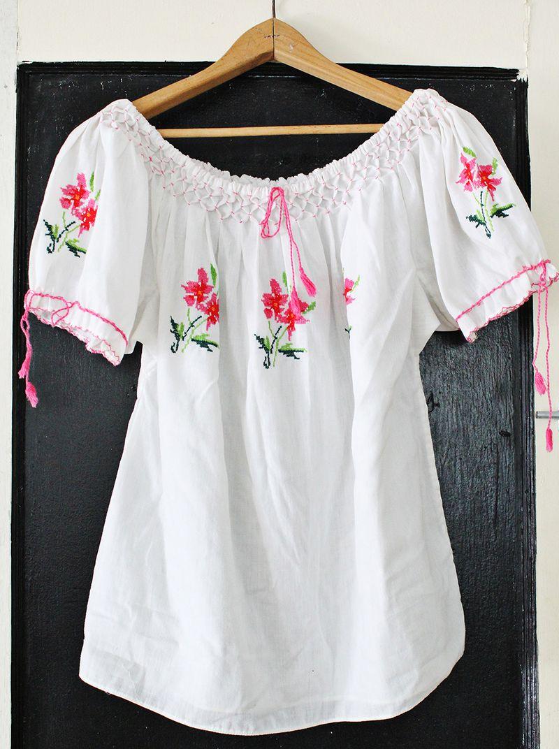 Turn a baggy shirt into a cropped shirt