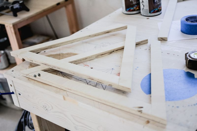 Coffee table with acrylic top -making legs (click to learn more)