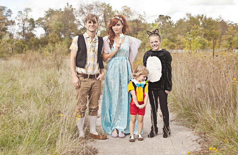 Pinocchio family costume-- so cute!