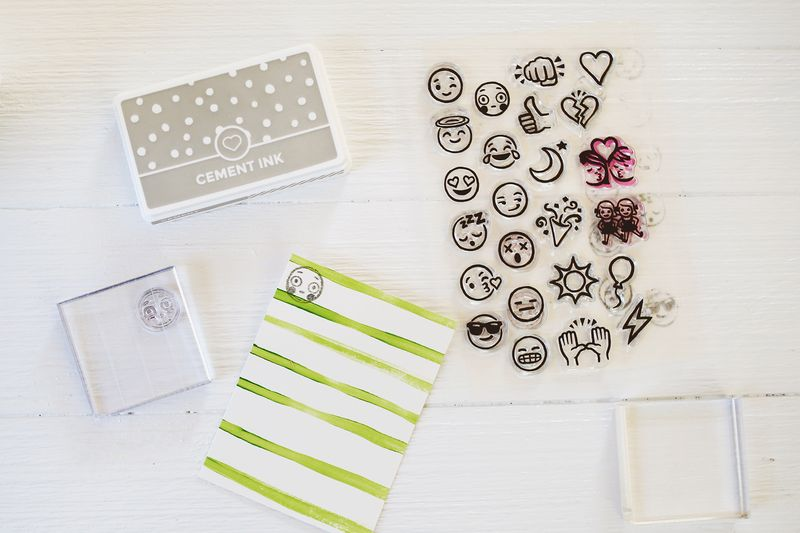 How acrylic stamps work