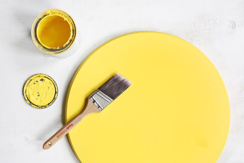 OMG YES! Emoji marquee DIY (click through for tutorial)
