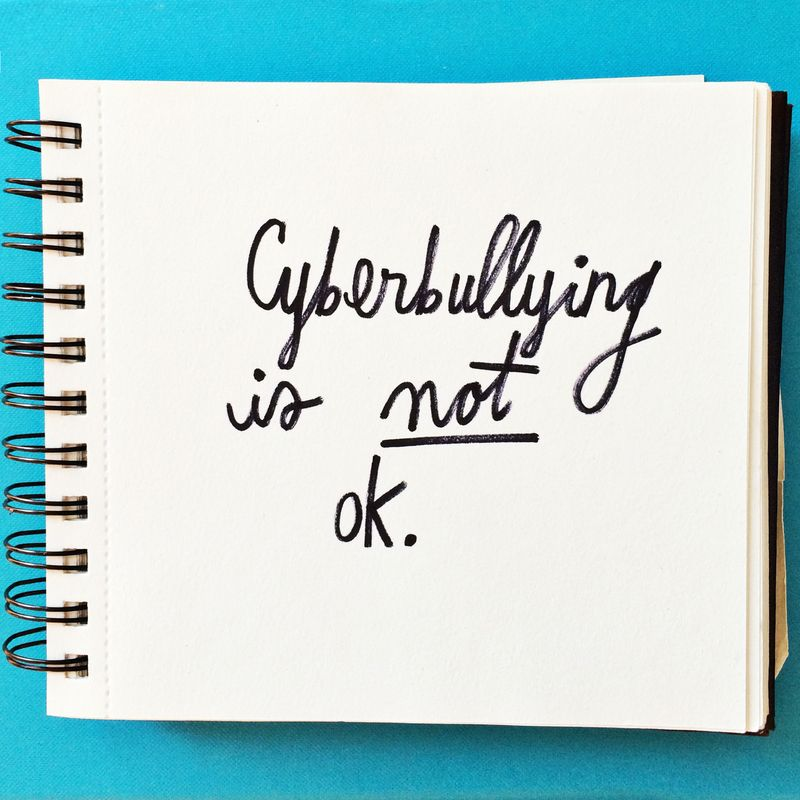 Cyberbulling is NOT ok (click through to see what you can do to promote kindness!)