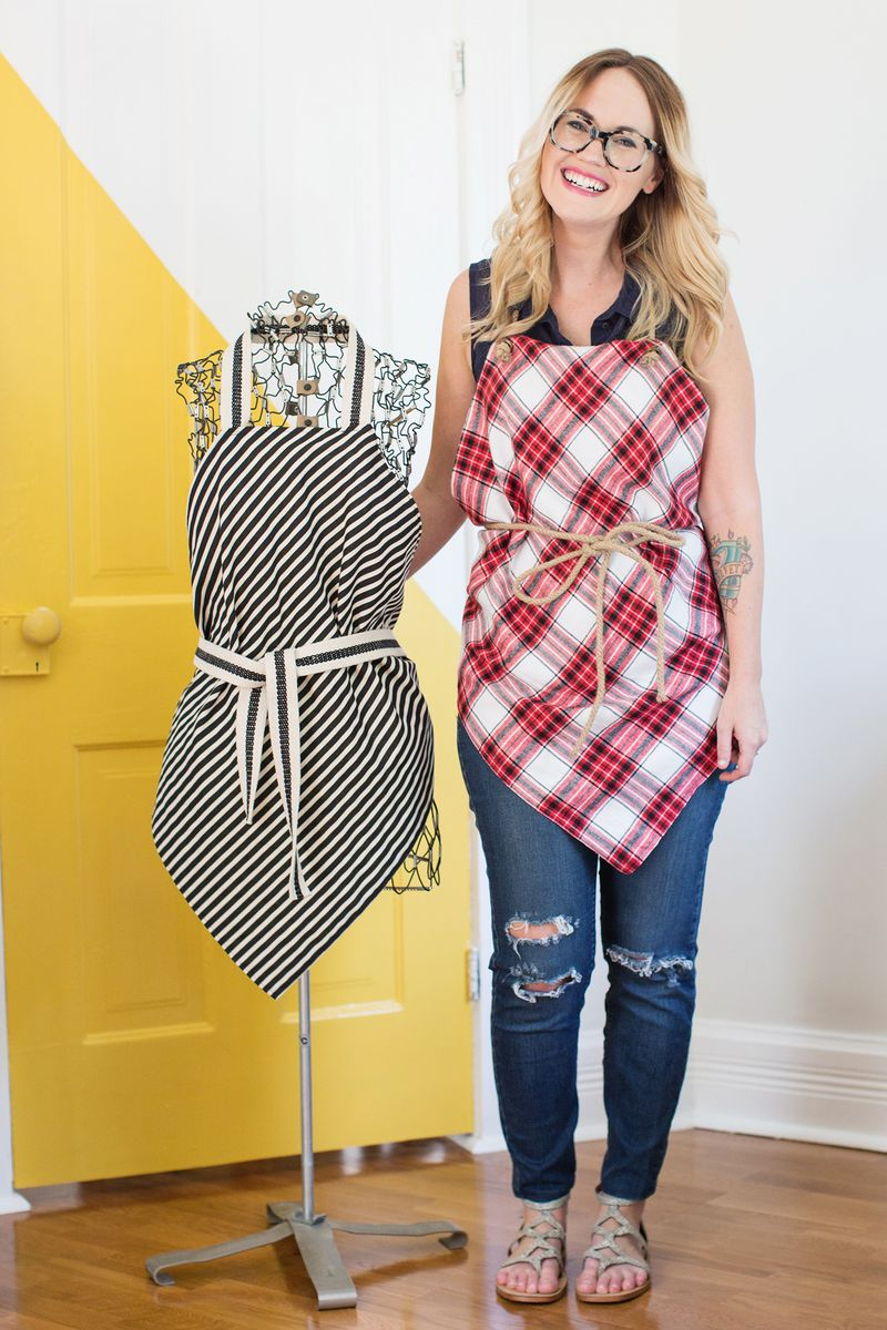 Easy Square Aprons (No Sew Option!) - A Beautiful Mess