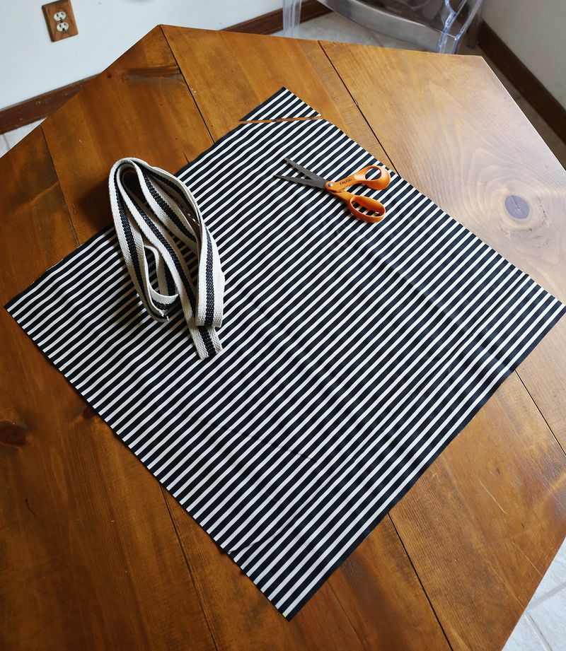 Square apron