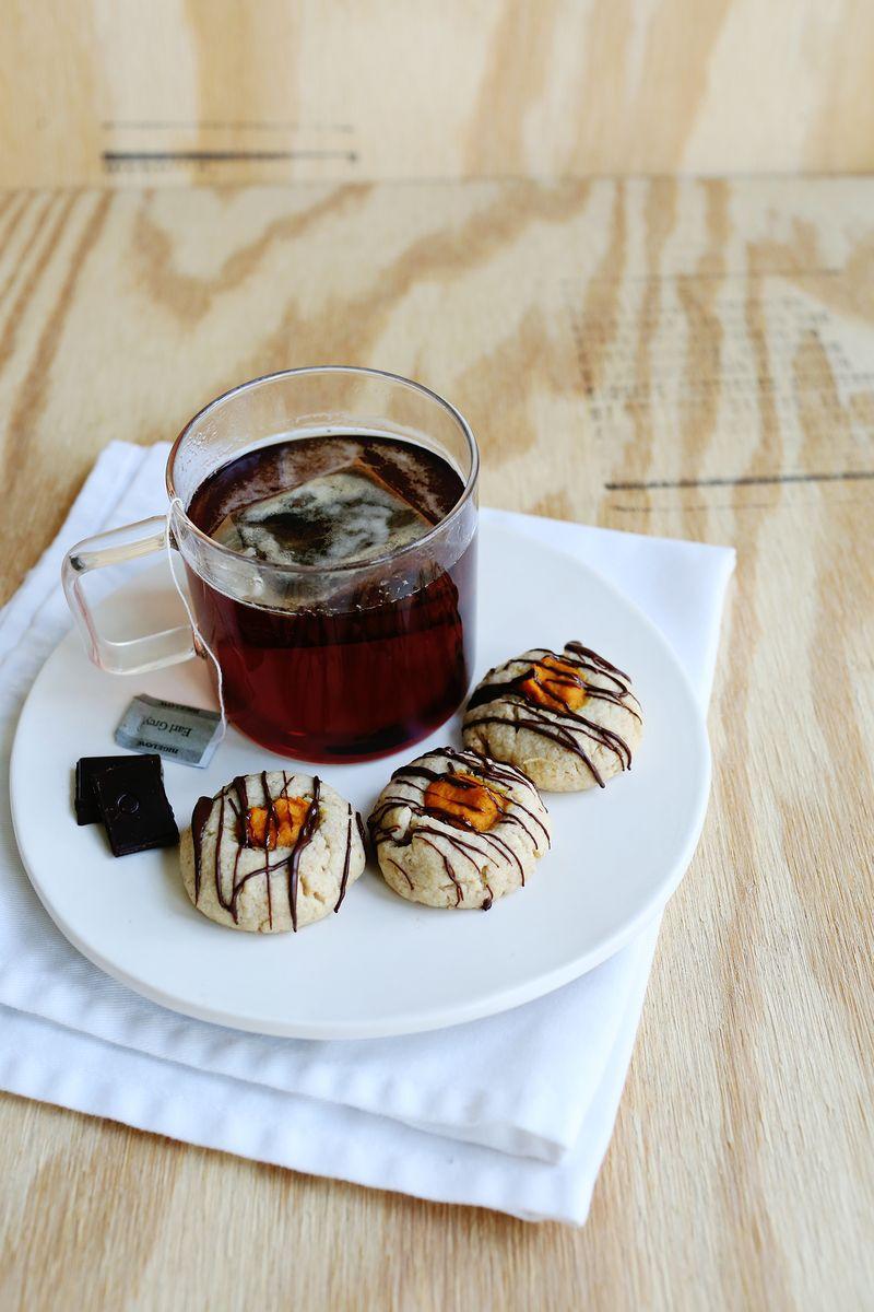 Pumpkin Thumbprint Cookies (via abeautifulmess.com)