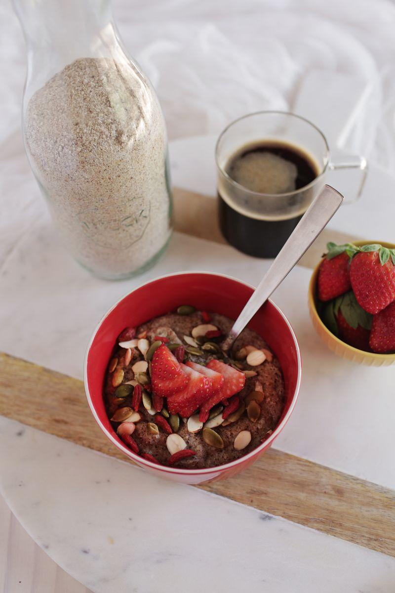 Homemade hot cereal mix (via abeautifulmess.com)