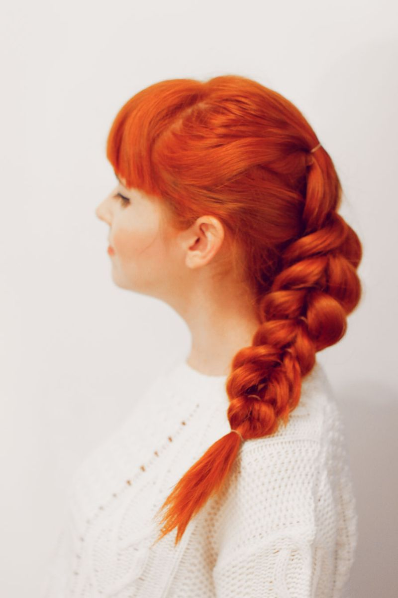 French pull through braid (click-through for tutorial)