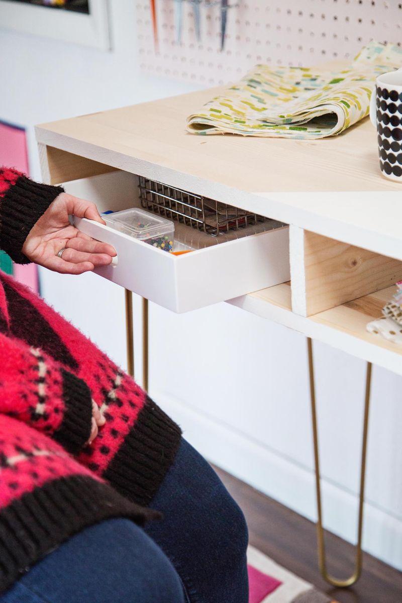DIY sewing desk (via abeautifulmess.com)